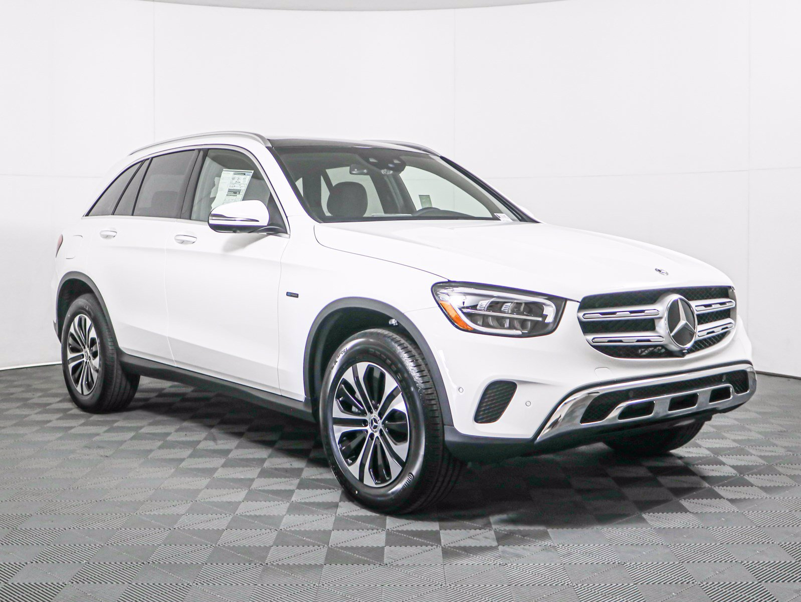 New 2020 Mercedes-Benz GLC 350e 4MATIC®
