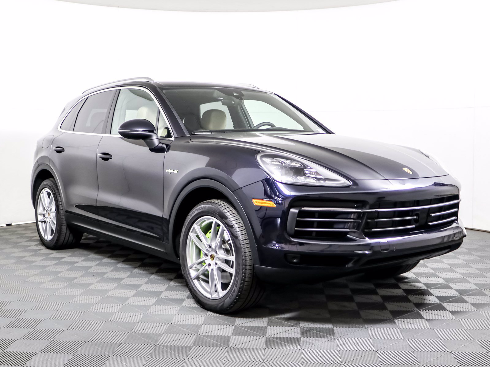 Certified Pre-Owned 2019 Porsche Cayenne E-Hybrid